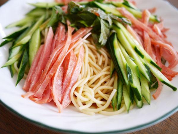 ( 紀文 糖質0麺 丸麺 冷やし中華 食べました )